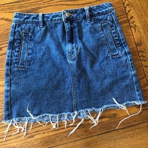 PAC Sun mini skirt size 28